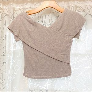 Aritzia Babaton off the shoulder tan ribbed top